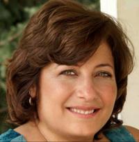 https://juliannecantarella.com/wp-content/uploads/2020/10/toni-arttherapist.png